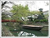 大垣城の堀割でもあった水門川の川港跡と川灯台